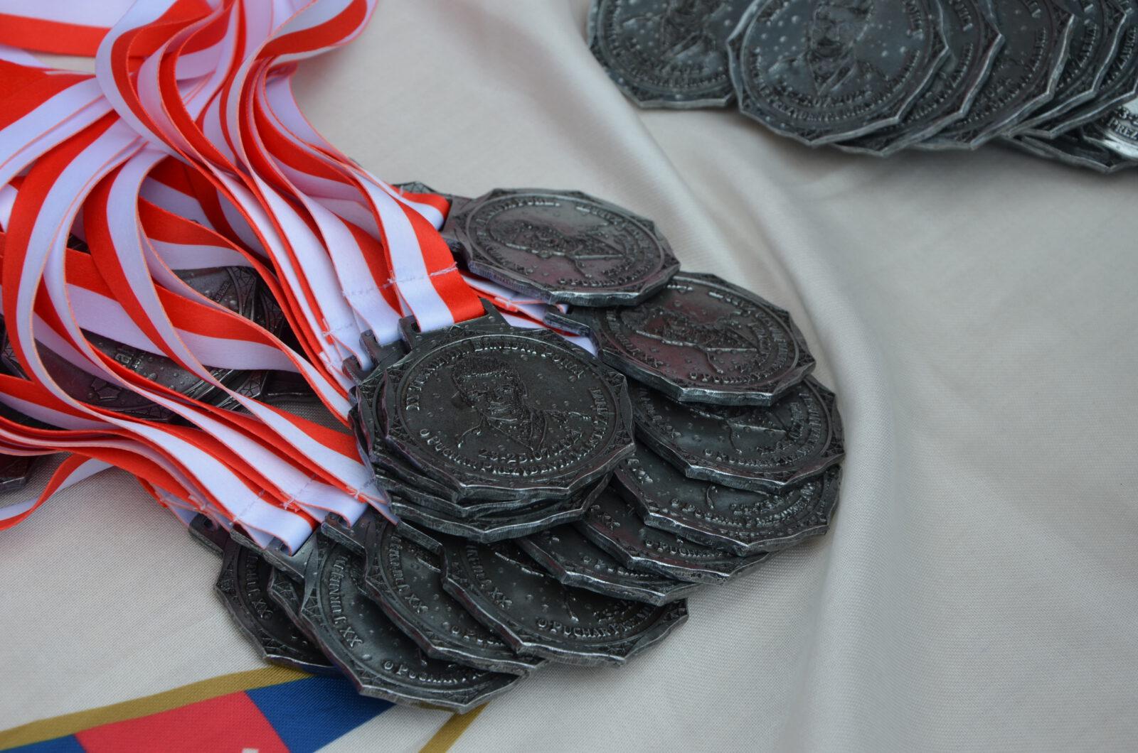 Medale pamiątkowe dla każdego uczestnika
